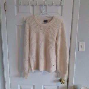 Abercrombie  knit sweater ❄️⛄